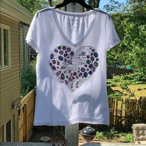 NWT Aeropostale t, size l heart with crystals/stud